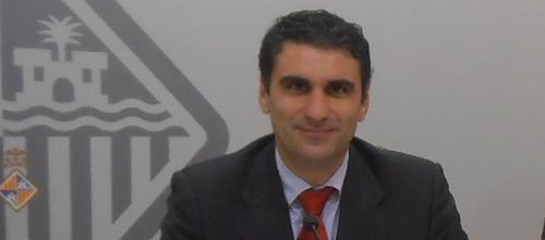 Martínez afirma que el presidente del PP de Palma tendría que ser Isern