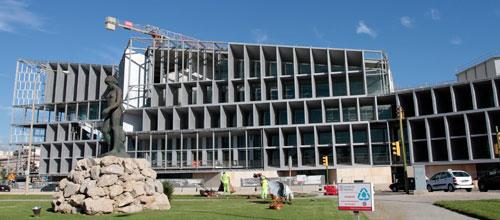 Las obras paralizadas del Palacio de Congresos cuestan 580.933 € al mes