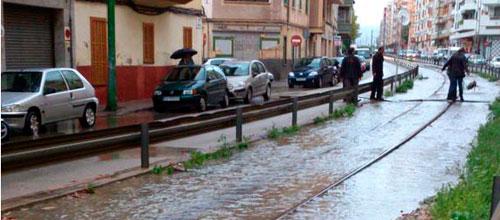 Continúan cortadas dos carreteras en Mallorca
