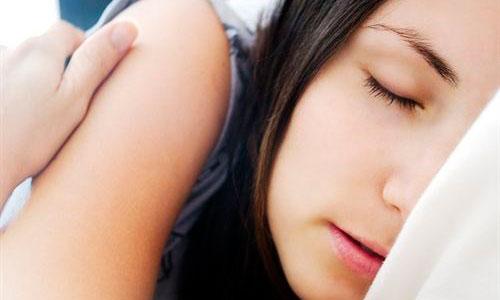 El sueño no afecta igual al apetito de hombres y de mujeres