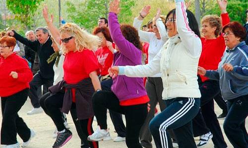 La actividad física aumenta la esperanza de vida casi 5 años