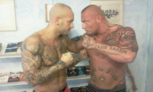 Dos hombres luchan en Palma ante 1.200 personas