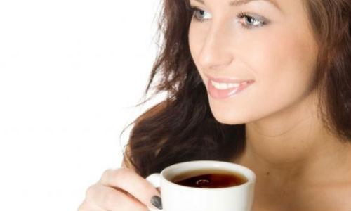 Las autoescuelas insulares aconsejan a los conductores beber café