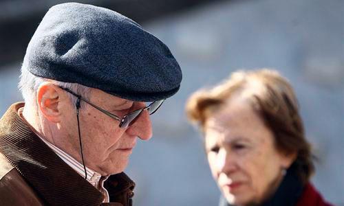 Sentirse solo aumenta el riesgo de demencia