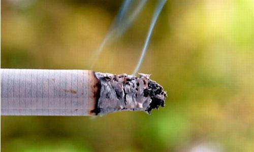 Uno de cada tres fumadores lo quiere dejar