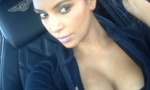 Kim Kardashian saca pecho después de salir del gimnasio