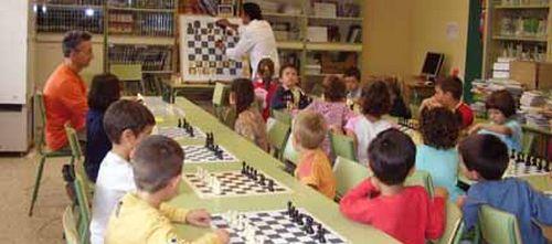 CCOO critica la reducción del poder adquisitivo de los docentes