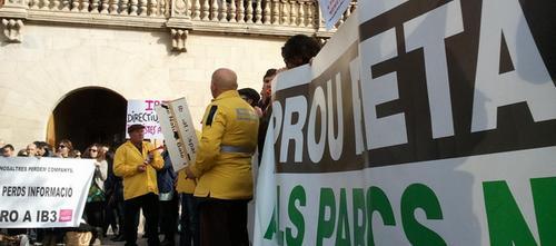 Trabajadores del Ibanat y Espais de Natura piden la readmisión de 44 despedidos