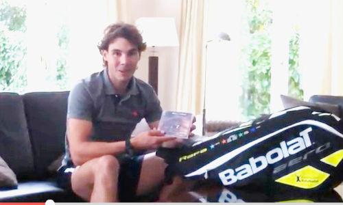 Rafa Nadal y David Bisbal intercambian regalos