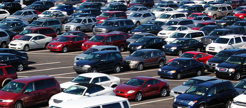 Baleval irá a los tribunales para ilegalizar la tasa a los 'rent a car'