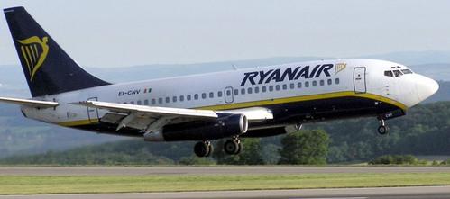 Ryanair es la aerolínea que comete más abusos, según una encuesta de Facua