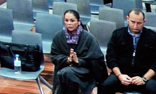 El juez abronca a Isabel Pantoja por usar el móvil