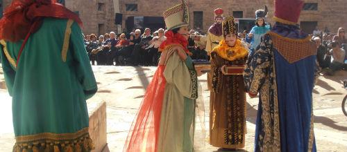 La Adoración de los Reyes reunió este domingo a 1.000 personas
