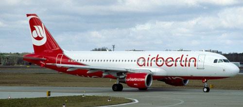 Fomento presiona a las aerolíneas para que no pidan el certificado