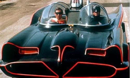 Un fan de Batman compra el batmóvil por 3,5 millones