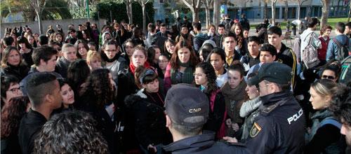 Huelga de estudiantes en el IES Francesc de Borja Moll