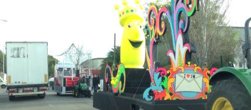 La Cabalgata de Reyes tiene cuatro carrozas y ocho comparsas