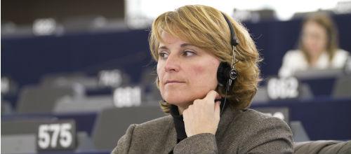 El Parlamento europeo aprueba un informe de Rosa Estaràs
