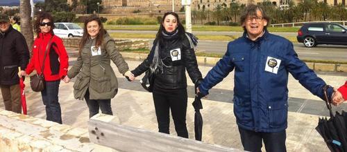 Los pol�ticos de la oposici�n se apropian de la protesta del GOB