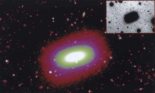 Una galaxia rectangular sorprende a los científicos