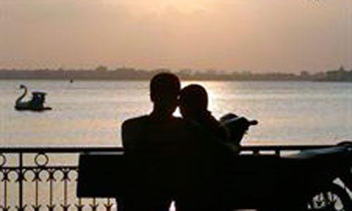 El 70% de las parejas españolas retrasa su paternidad por la crisis