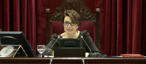 El Parlament reduce un 11% la asignación de los grupos políticos