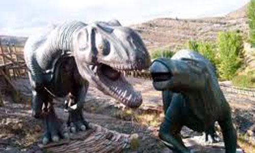 Algunos dinosaurios usaban plumas para el cortejo