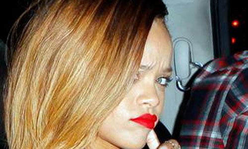 Rihanna, transparente y sin ropa interior