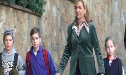 La Infanta Cristina se refugia en sus hijos