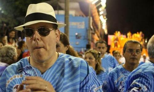 Alberto de Mónaco baila en el sambódromo