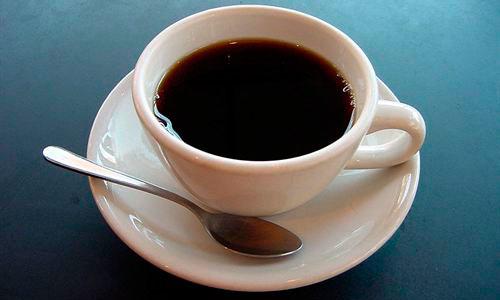 La cafeína está ligada al bajo peso de algunos bebés al nacer