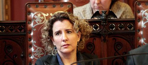 Cort encarga a Aina Calvo la creación de un código ético municipal