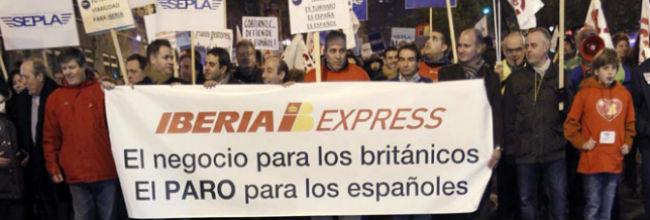Iberia despedir� a casi toda su plantilla existente en Baleares