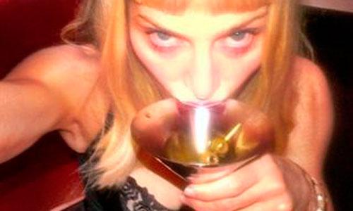 Madonna se une a Instagram de la forma más provocativa