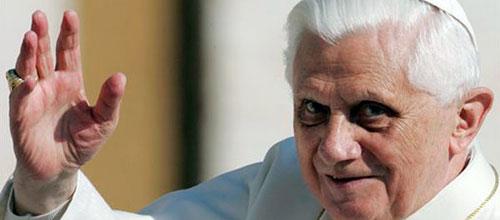 El Papa dimite por falta de fuerzas