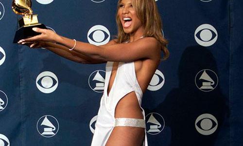 Los Grammy, sin nalgas ni pechos