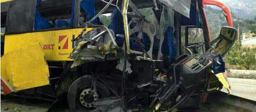 Cinco heridos por el choque de un autobús en Mallorca