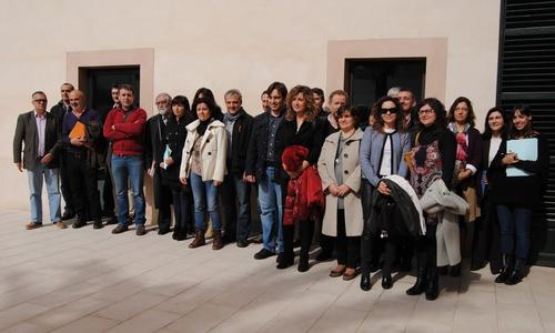 Ayuntamientos liderados por Pastor se unirán al Institut Ramon Llull