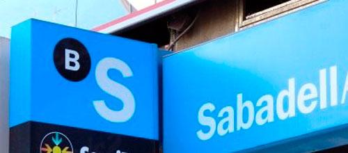 Atracado a punta de pistola una sucursal bancaria en Ibiza