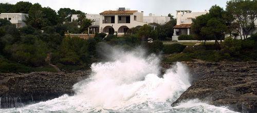 Mallorca sufre un temporal con fuertes vientos de más de 100 kms/hora