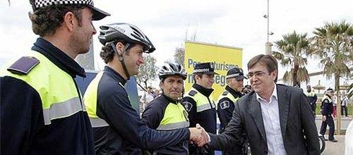 """Los policías temporales denuncian su """"precaria situación"""""""