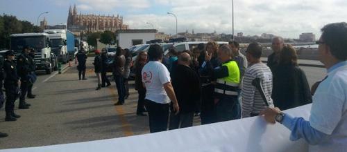 Seguimiento mayoritario de la huelga en Autoridad Portuaria
