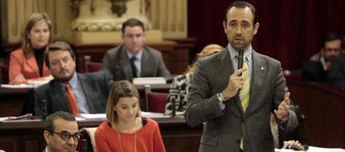 Bauzá explica hoy en el Parlament el incumplimiento del déficit