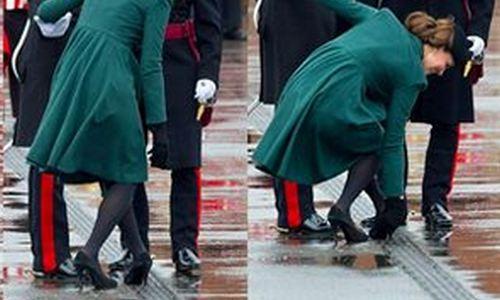 Los tacones le juegan una mala pasada a la Duquesa de Cambridge