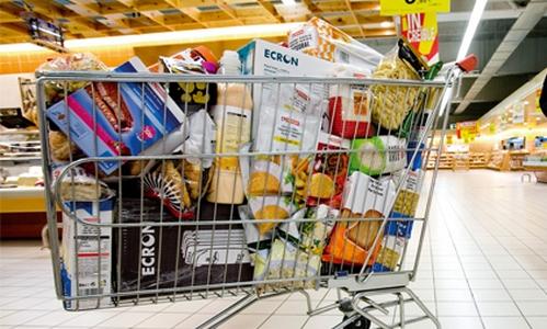 Cada hogar gasta al año una media de 4.000 euros en comida y bebida