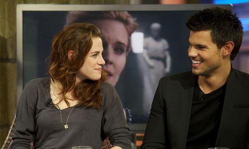 Kristen Stewart se refugia en Taylor Lautner