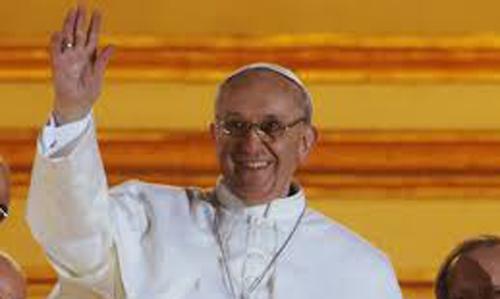Primer tropiezo del Papa Francisco