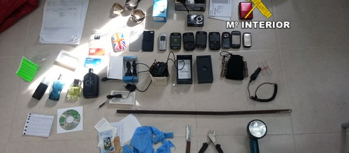 Tres jóvenes detenidos por robos en el interior de viviendas en Vilafranca