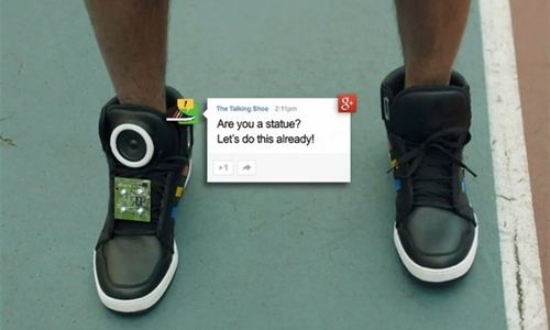 'Talking Shoes', las zapatillas que publican mensajes en internet