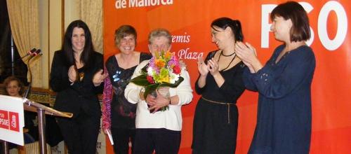 Los socialistas de Mallorca premian la labor de Trinidad López